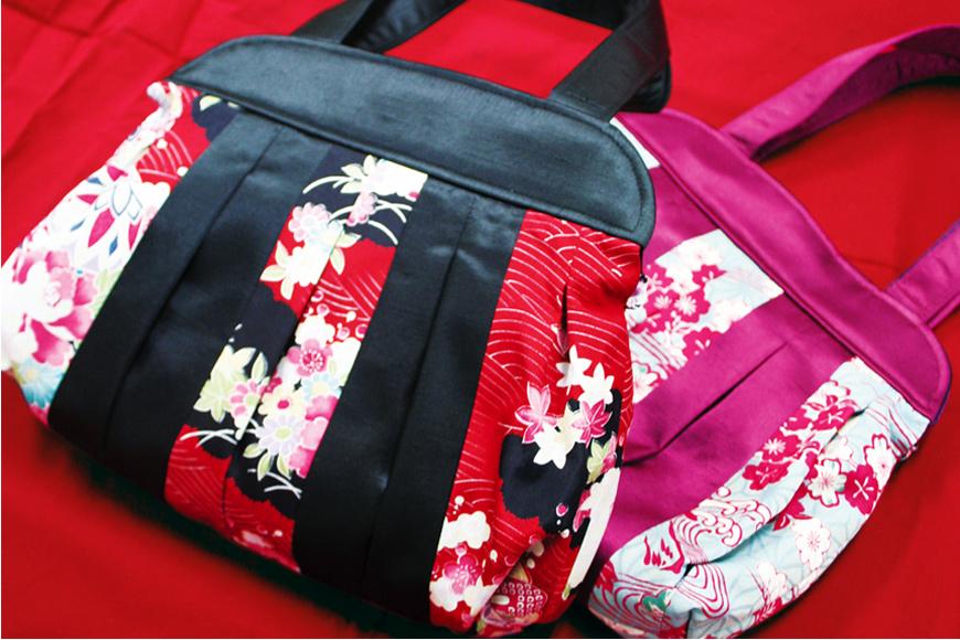 登美屋 和柄のバッグの画像